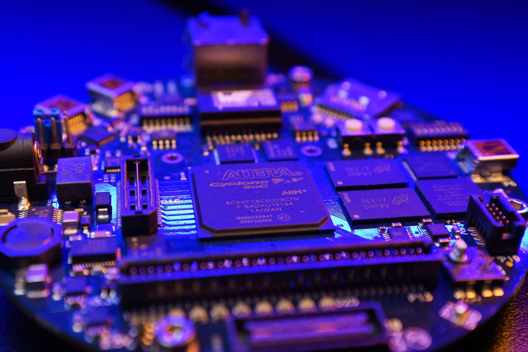 IBV - QNX BSP for Intel Cyclone V